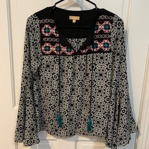 Tops - Floral bell sleeve top